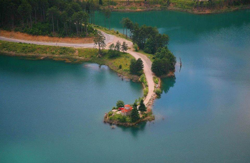 Εκδρομή με πούλμαν στην αρχαία Φενεό, λίμνη Δόξα, Γκούρα